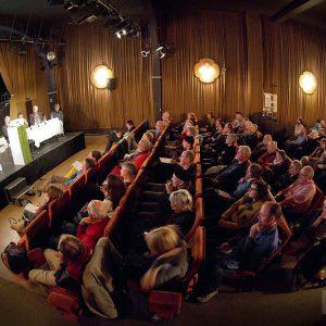 Zweite Informationsveranstaltung zur Gründung eines Genossenschaftsladen im Löwen. Foto: Martin Schreier / www.schreier.co