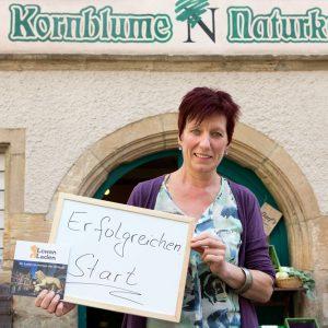 """""""Erfolgreichen Start"""", wünscht Angela Schneider, Kornblume Naturkost. Tübingen 2015. Foto: Martin Schreier / schreier.co"""